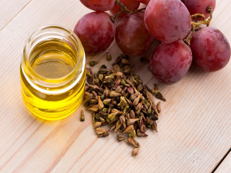 grapeseed-oil dark circles english
