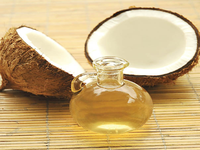 Coconut_and_oil-for clean underarm